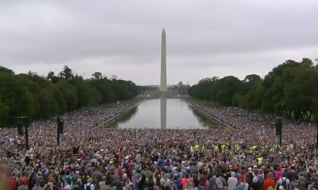 GLORY! Tens of Thousands of Christians Gather to Pray, Worship in DC