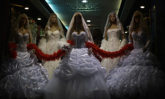 Egyptian rights advocates welcome fatwa forbidding short-term marriages